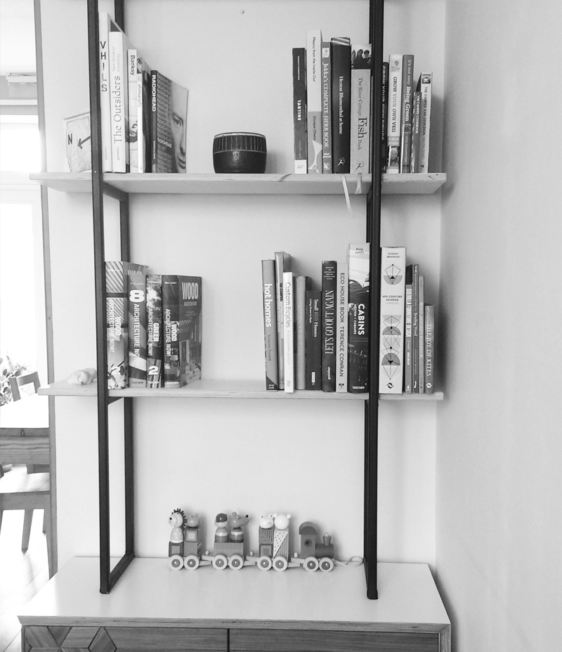 Gekko design bookcase