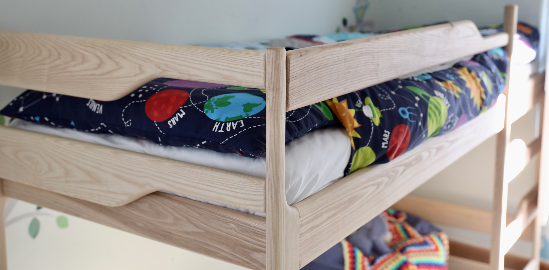 Bunkbed Side