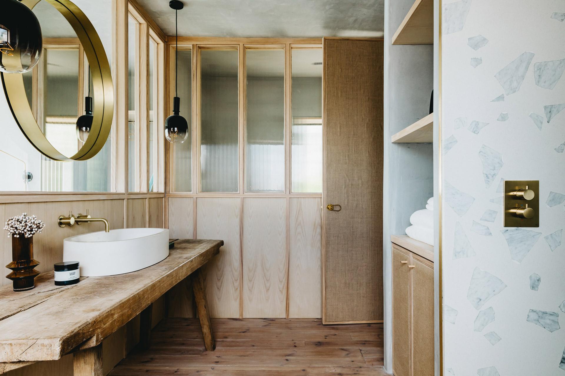 Ukiyo House Refurb En-suite